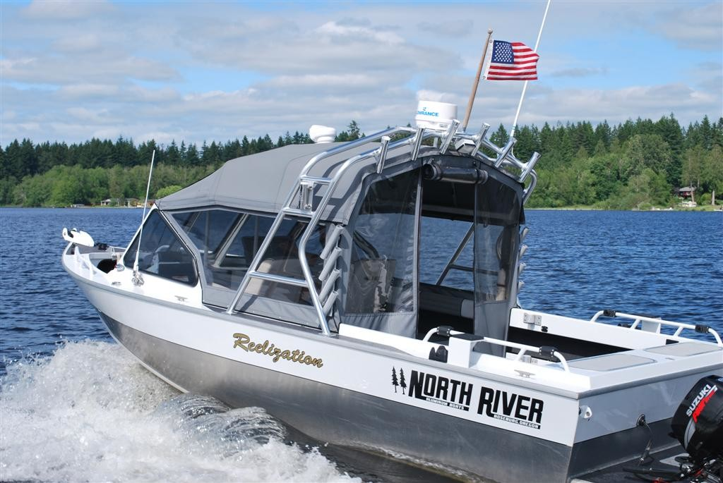 NorthRiver M2 on Water